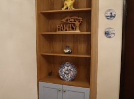 Corner fitted display unit